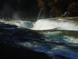 吹割の滝上部