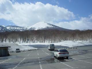 雪中隊駐車場